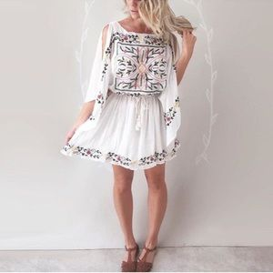 Embroidered Frieda dress, white flowy sleeves