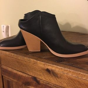 Great slip on Ankle boot.