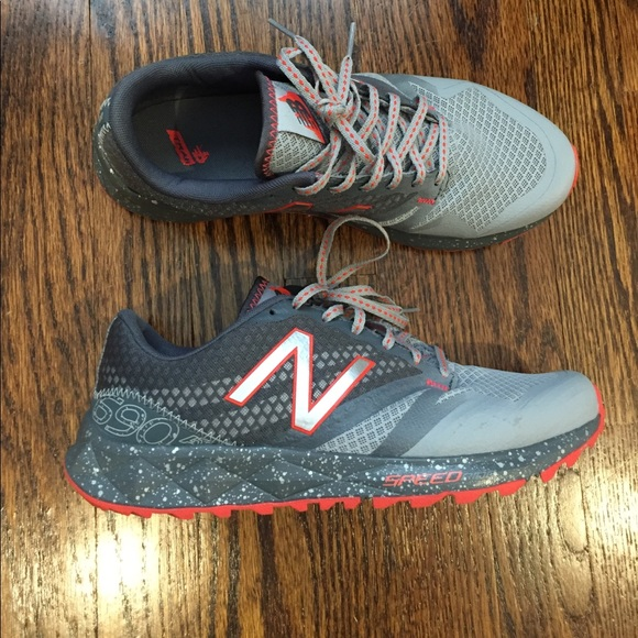 d02953dfd74 EUC womens New balance 9 wide barely worn sneakers.  M 59e248d1981829d6f301dc1e