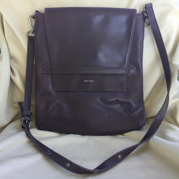 5992eedefefd Matt   Nat Riley Vegan Leather Crossbody Bag. M 59e24978c2845692ac01ed8f