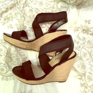 Kennith Cole wedges