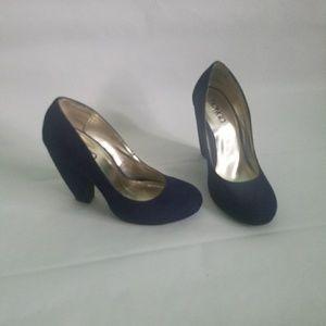 Bongo Navy Blue Chunky Heel Pumps