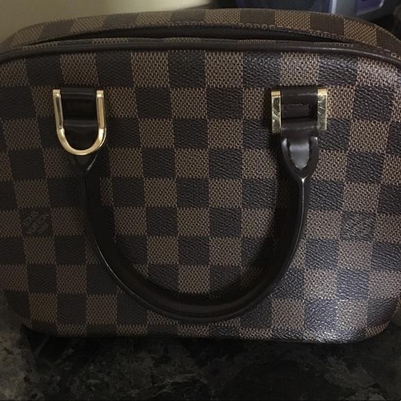 529fcff5089a Louis Vuitton Handbags - ✨louis vutton ✨damier Ebene sarria mini hand bag