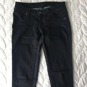 Carmar Skinny Jeans. Size: 26