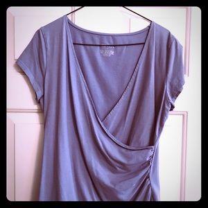 Short sleeve V neck rushed top Carolina blue