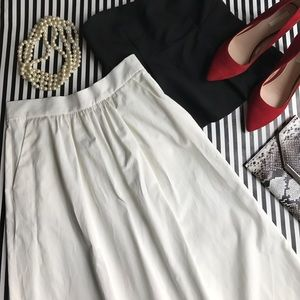 Zara Midi White Cotton Skirt with Pockets