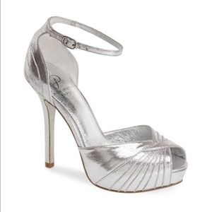 """Worn One Time! Adrianna Papell """"Rebecca"""" size 10"""