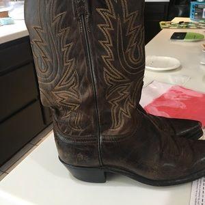 Luchesse women's boots