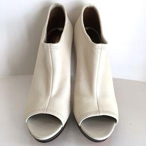 VIA SPIGA white ankle boots size 8 1/2