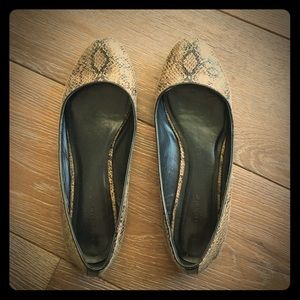 Snake skin colored Banana Republic ballet flats