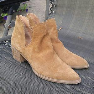 Steven by Steve  Madden 9.5 women's suede boots