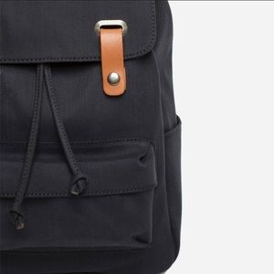 Everlane Twill Snap Backpack in Navy