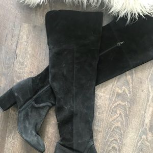 Zara Knee High Suede Boots!