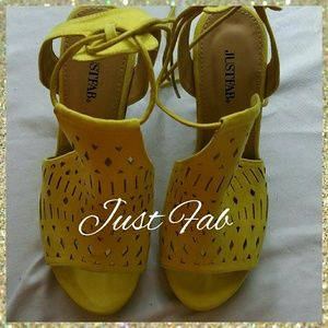 JUST FAB CORL WEDGE HEELS, SIZE 7.5
