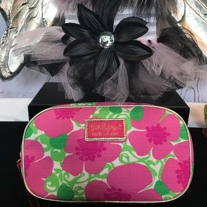 Lilly Pulitzer Make up bag NWOT 😍