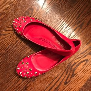 Coral Studded flat