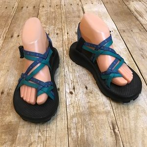 Chacos Blue Green Strappy Sandals Size 7