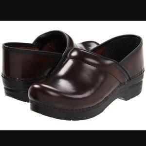 Dansko Professional Leather Clog 10.5/11