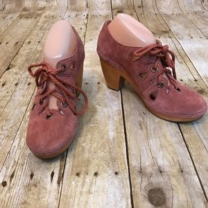 Anthropologie Latigo Blush Suede Heels Size 9M
