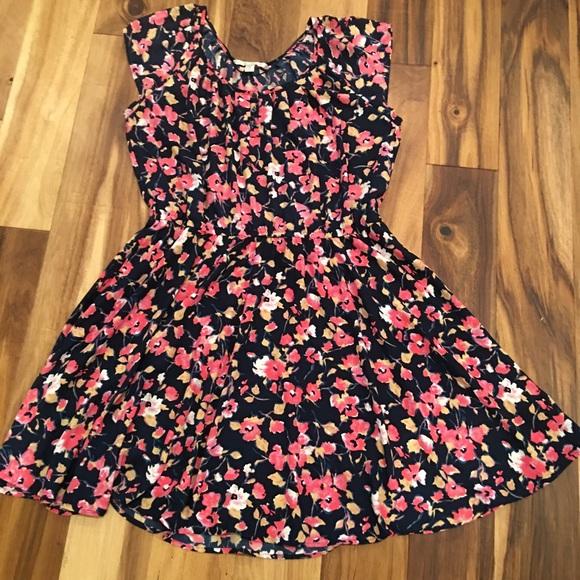 d24ade0697c5 LC Lauren Conrad Dresses & Skirts - Lauren Conrad floral dress with belt XL