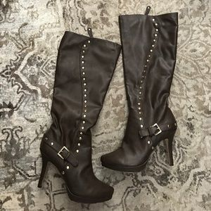 Shoes - Brown faux leather boots with gold studs!