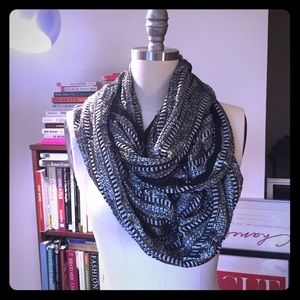 NWT black/silver woven infinity scarf