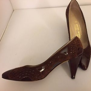 Vintage Bruno Magli Brown Suede & Patent Pumps 6AA