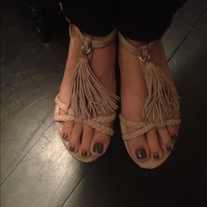 Dolce Vita fringe suede sandals size 7