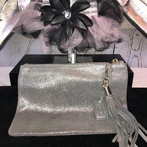 Merona Leather Clutch bag 🌹