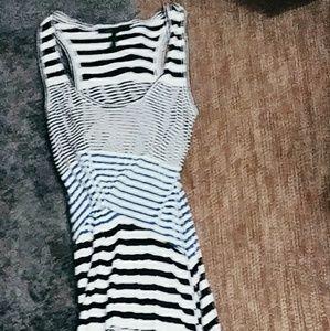 BCBG DRESS LIKE NEW VERY LONG !!!