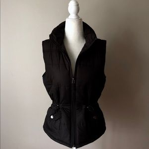 New York & Co black puffer quilted vest
