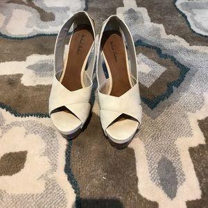 Light tan heels