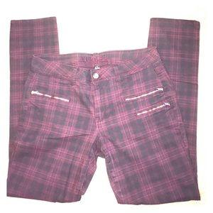 Rue 21 Plaid Skinny Jean. Size 11/12