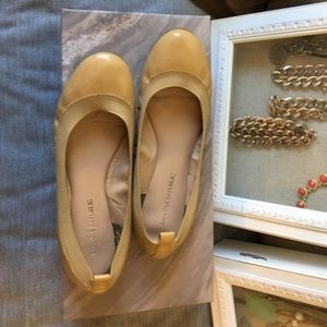 Nude Flats, Banana Republic