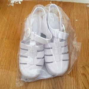 American apparel white jelly sandals