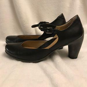 Ecco Black Leather Mary Jane Heels