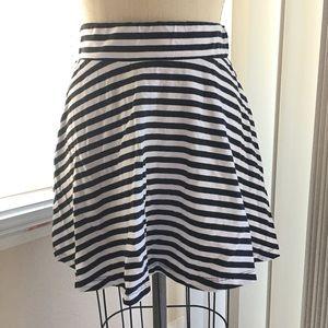 Knit Short Circle Skirt