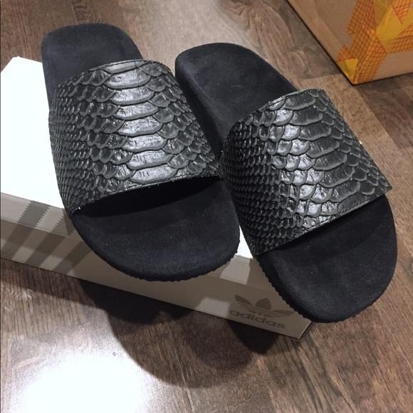 059a0bdb6c8919 Adidas Custom Snakeskin Velvet Slides