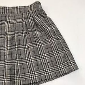 Candie's Pleated Gray Skirt