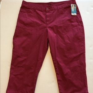 6996248197e Lee Pants - Plus Size LEE Brenna Relax Fit Capris-Size 18M