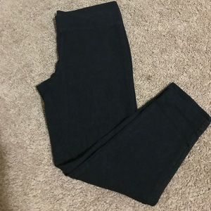 Express cropped black leggings size Small