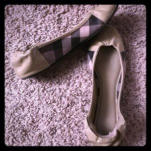 Burberry ballerina flats size 5.5 - Khaki Check
