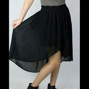 Urban outfitters pleated hi lo skirt