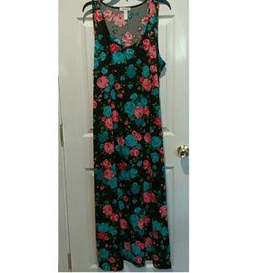 Plus size 2x long black floral dress