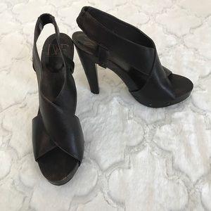 DVF Diane von furstenberg wood heels strappy 8.5