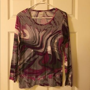 Daisy Fuentes gray and purple patterned top