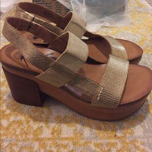 5938929de5b5 OTBT Shoes - OTBT Indio - New w  box ✨