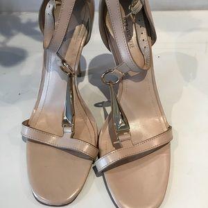 Nude / pale pink Pour La Victoire heels