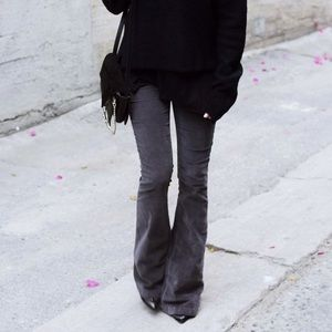 Zara • Denim black bootcut flare jeans