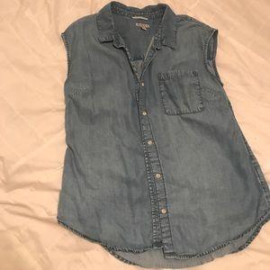 Sleeveless Button-up Denim